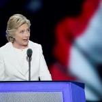 Hillary Clinton, en el último día de la Convención Demócrata en el Wells Fargo Center en Filadelfia (Estados Unidos) este jueves 28 de julio. LA PRENSA/EFE