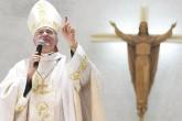 """Obispo Báez cuestiona """"ambición de dinero"""""""
