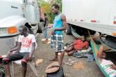 Migrantes abandonados en Tola