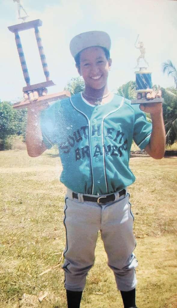 Cheslor Cuthbert cuando empezaba a jugar beisbol en las ligas infantiles de Corn Island. LAPRENSA/Cortesía