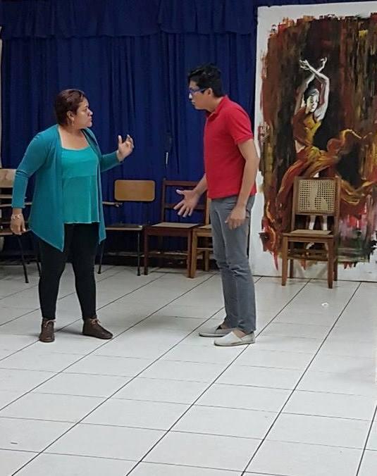 Ensayo de la escena Boda de Sangre, María Rosa Aliazaga y Dany Arauz, en los papeles de Madre, e Hijo. LAPRENSA/CORTESÍA
