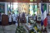 Fieles, sacerdotes y amigos despiden a Monseñor Pittito