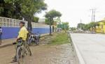 La calle construida ha dejado viviendas en un nivel más bajo, por lo que temen que con la lluvia se produzcan inundaciones. LA PRENSA/ L. VARGAS