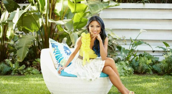 Jeannie Mai, corresponsal de Entertainment Tonight, vestirá diseños de un nica