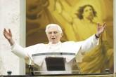 Benedicto XVI rompe el silencio para hablar sobre su papado