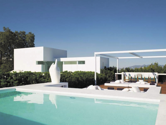 """La """"casa blanca"""" de Enrique Peña Nieto y Angélica Rivera, valorada en 7 millones de dólares. LAPRENSA/Archivo"""