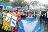 Robo, rumores y lluvia en desfile de Chinandega