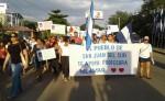 Ciudados marcha en favor de la profesora Nilmar. LA PRENSA/R.Villarreal