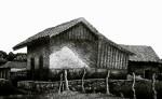 Casa con cerco, dibujo en claroscuro de Carlos Montenegro. /Fotos: LAPRENSA/ArnulfoAgüero LAPRENSA/ArnulfoAgüero