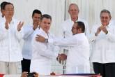 FARC y gobierno firman la paz en Colombia