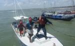 Todos fueron rescatados  tras el naufragio.  LA PRENSA/CORTESÍA