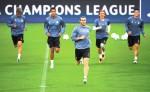 El Real Madrid se mide al Borussia Dortmund este mediodía (12:45).  LA PRENSA/AFP