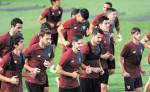 El Sevilla listo para recibir al Lyon hoy, en duelo de la Liga de Campeones.  LA PRENSA/AFP
