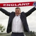 Destituyen a seleccionador inglés por trama de corrupción