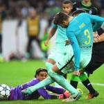 Barcelona sufre para imponerse a un difícil Borussia Moenchengladbach