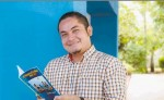 Stilwell A. Aráuz presenta su libro de cuentos Chavaladas nicas. LAPRENSA/OSCAR NAVARRETE