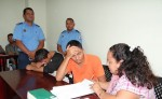 Los procesados Francisco Jiménez Aráuz y Josué Chávez Espinoza señalados de traficar 78 migrantes africanos, incluidos dos niños. LA PRENSA/ A. FLORES