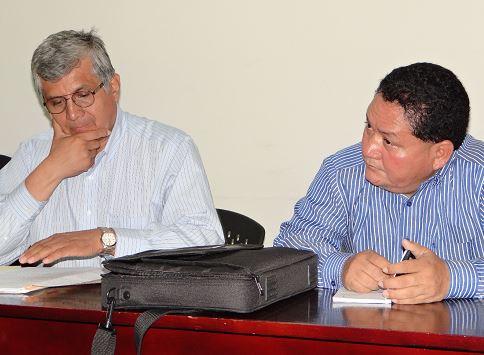 Prisión a falso abogado Freddy Fidel Bravo Gómez y/o Freddy Fidel Chamorro (DERECHA)acusado de los delitos de usos de falso documento, Ejercicio ilegal de profesión y usurpación de funciones públicas. LA PRENSA/ A. FLORES