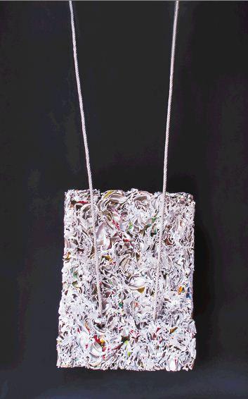 Instalación escultórica con material reciclado de aluminio. LAPRENSA/CORTESIA