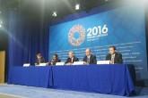 FMI: Economía de Venezuela puede colapsar más en 2017