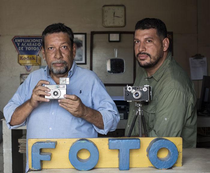 Jorge López con su hijo, Jorge Torres. LA PRENSA/Oscar Navarrete