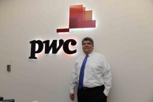 Managua, Nicaragua 16 de Octubre del 2016. contador para entrevista de activos de la empresas pwc. Foto Maynor Valenzuela LA PRENSA