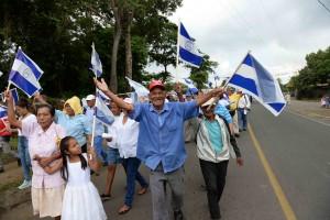 En La Concepción, Masaya, también marcharon en contra de las elecciones de este 6 de noviembre. LA PRENSA/MAYNOR VALENZUELA