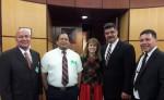 Erving Mayorga, el autor del himno a Ruben Dario (der), junto a los organizadores del Segundo Congreso Mundial de Escritores y Poetas hispanos, efectuado en Estados Unidos. LA PRENSA/CORTESÍA
