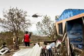 Cuba recibe ayuda para damnificados por huracán Matthew