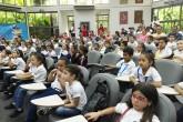 Miles de niños se divierten leyendo