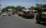 En varias ocasiones los pobladores que viven a orillas de la Pista Buenos Aires han pedido que reubiquen a los camiones areneros. APRENSA/CARLOSVALLE LAPRENSA/CARLOSVALLE