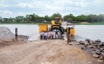 La barcaza que funciona en Malacatoya  presenta problemas constantemente, por lo que es necesario construir el puente de una vez por todas. LAPRENSA/R.FONSECA