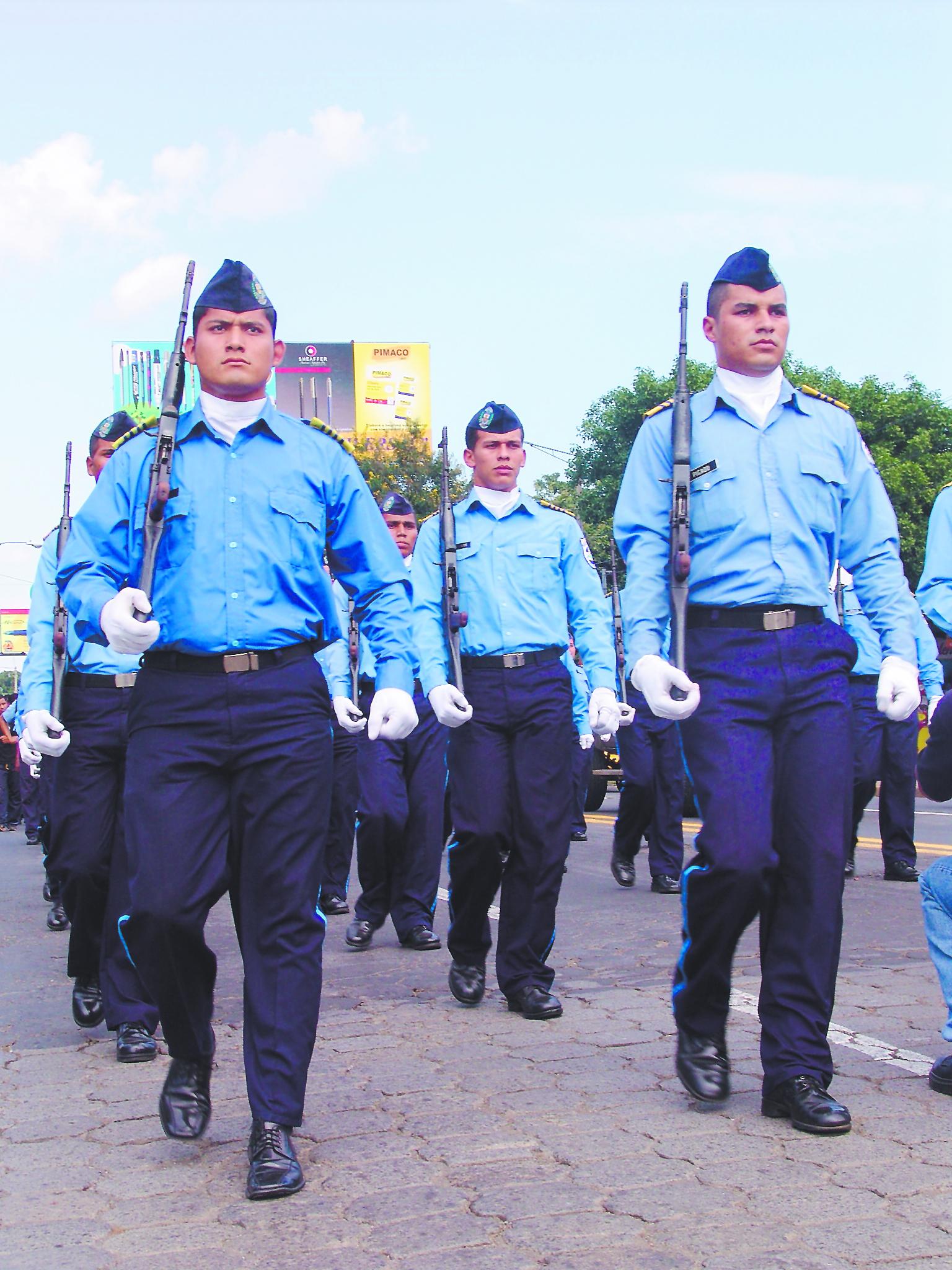 b9fc3c1d4 policia nacional en sus 30 aniversario