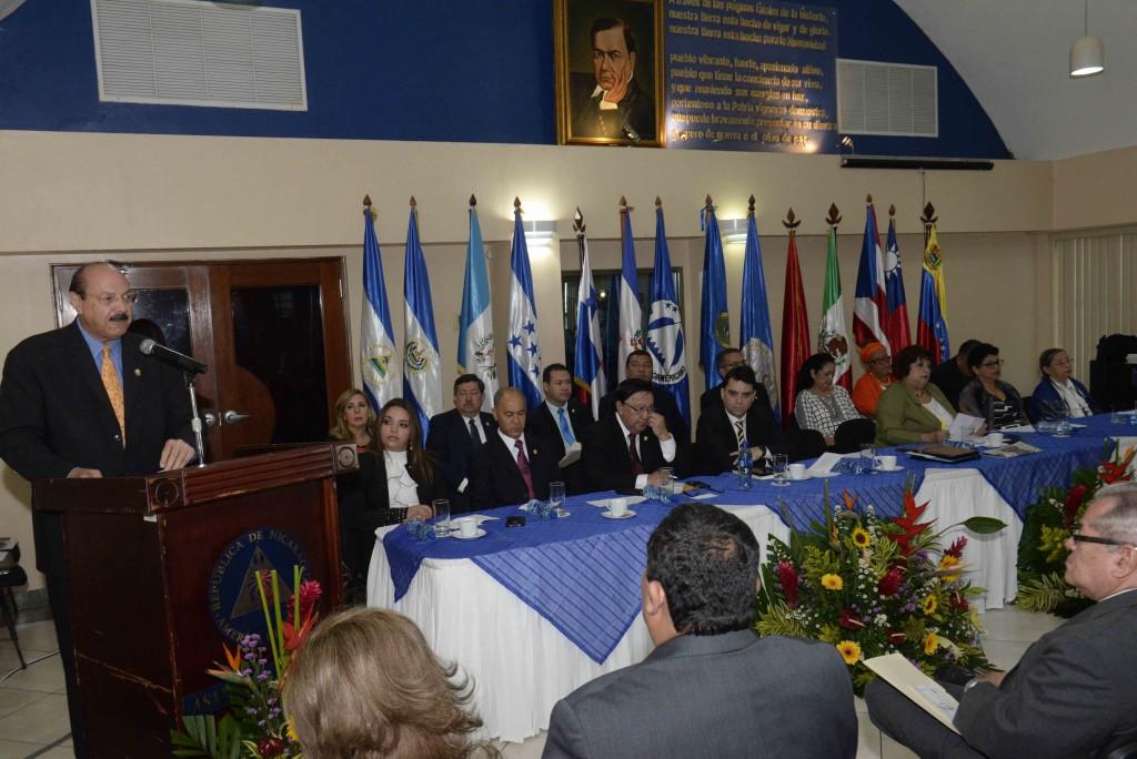 reunion del Parlacen. sesion especial en Managua con la Asamblea