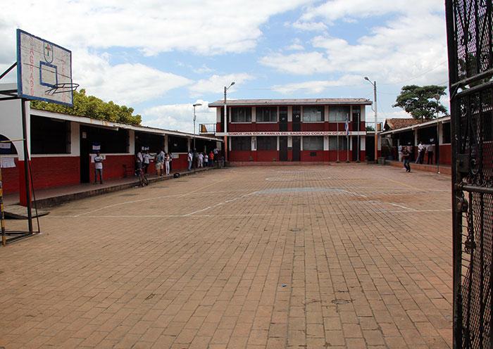Así lució el Centro de Votación 053, ubicado en el colegio Sagrado Corazón de Jesús, en el barrio Laborío, en León. LA PRENSA/Eddy López Hernández
