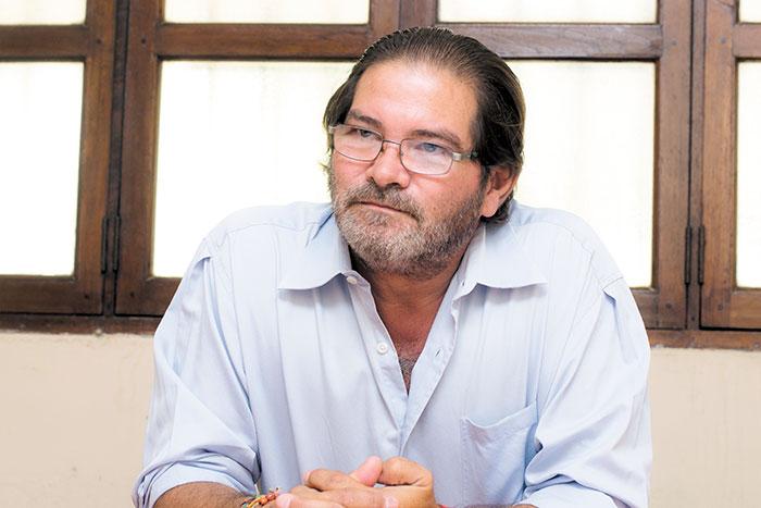 Desde un inicio su misión (de Reyes) fue destruir la posibilidad de que la oposición seria fuera a unas elecciones competitivas, para eso se le buscó. Su trabajo ya terminó... Luis Callejas, excandidato presidencial.