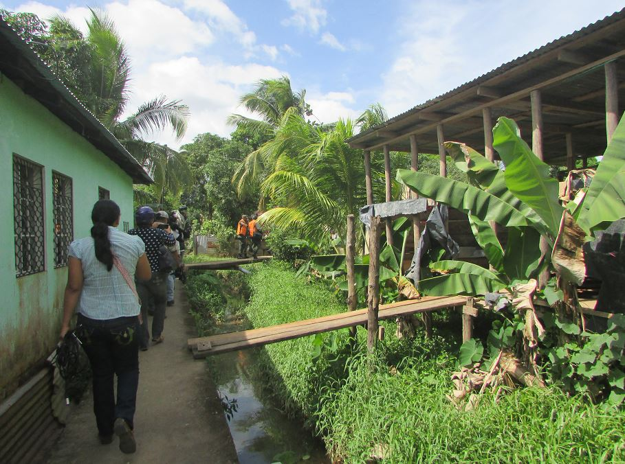 Ambiente en Bluefields ante amenaza del huracán Otto. LA PRENSA/I. LACAYO