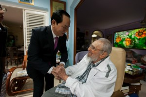 "(FILES) This handout picture released by Cuban official website www.cubadebate.cu shows former Cuban President Fidel Castro (R) and Vietnam's President Tran Dai Quang holding hands during a meeting at Castro's residence in Havana, on November 15, 2016. Cuban revolutionary icon Fidel Castro died late on November 25, 2016 in Havana, his brother announced on national television. / AFP PHOTO / www.cubadebate.cu / ALEX CASTRO / RESTRICTED TO EDITORIAL USE - MANDATORY CREDIT ""AFP PHOTO / www.cubadebate.cu / ALEX CASTRO / HO"" - NO MARKETING NO ADVERTISING CAMPAIGNS - DISTRIBUTED AS A SERVICE TO CLIENTS"