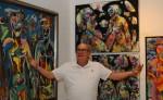 La muestra de Ernesto Cuadra presenta obras en gran formato, trípticos y polípticos, sobre el tema desnudo femenino grupal, la familia, abstracciones y naturalezas muertas, vistas desde el expresionismo abstracto. LAPRENSA/Carlos Valle