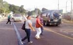 En la entrada de la ciudad de Chinandega se borró la señal de paso peatonal. LA PRENSA/S.MARTÍNEZ
