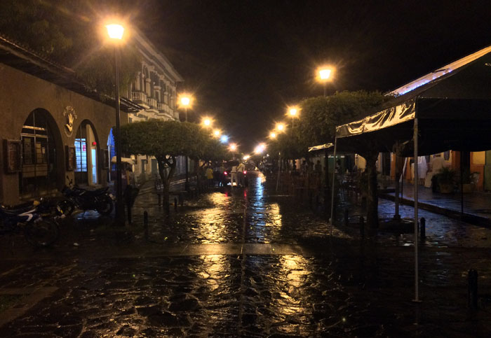 La Calzada, luego de una lluvia de madrugada. Foto: LA PRENSA / Fabrice Le Lous.