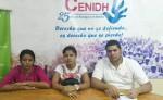 Margarita Pérez, madre del detenido en compañía de Cindy Alguera, esposa del mismo, recurrieron a las oficinas del Centro Nicaragüense de Derechos Humanos. LA PRENSA/ C. TÓRREZ