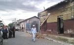 La casa de madera  de Magdalena Hernández  cayó parcialmente. LAPRENSA/S. MARTÍNEZ