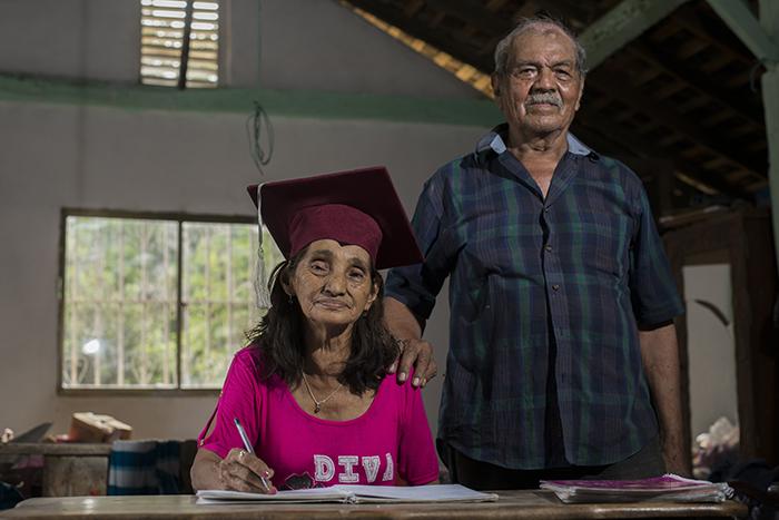 Doña Brunilda junto a su esposo Gregorio Vargas. LA PRENSA/Lissa Villagra