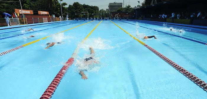 Campeonato de natacion del ejercito de Nicaragua en la piscina de las Barracudas/foto/LA PRENSA/Alfredo Zuniga/16 de octubre del 2012