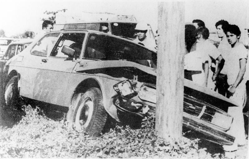Así quedó el automóvil de Pedro Joaquín Chamorro tras el atentado en su contra. LA PRENSA/ARCHIVO