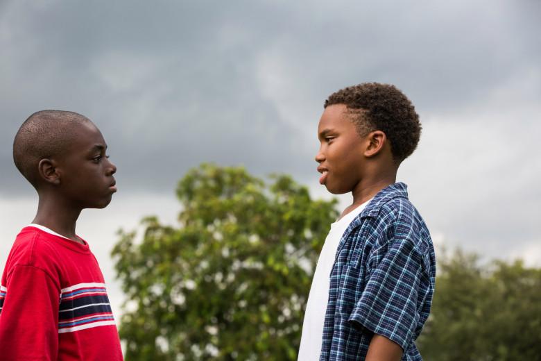 Alex Hibbert y Jaden Piner en una de las escenas de Moonlight. Foto/indiewire.com