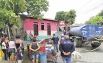 Desde el día del reciente apagón nacional, los pobladores del barrio indígena de Monimbó, Masaya,  no habían recibido una gota de agua. LA PRENSA/ NOEL AMÍLCAR GALLEGOS