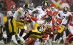 Los Steelers lograron remontar en el último cuarto  para doblegar a los Chiefs para avanzar a la Final de Conferencia, el pasado domingo. LAPRENSA/ AFP